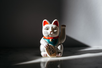 Maneki-neko, good fortune cat