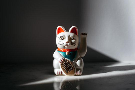 Maneki-neko, good fortune cat