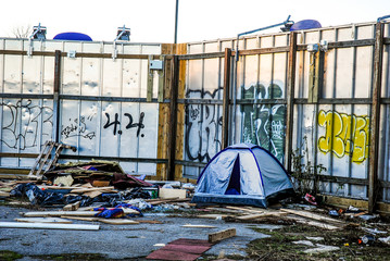 Homeless living 2