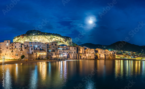 Wall mural Cefalu, medieval village of Sicily island at twilight time, Province of Palermo, Italy