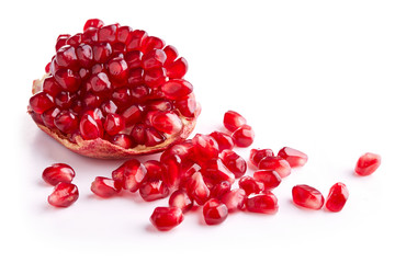 Wall Mural - pomegranate isolated on white background