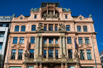 Prag, Sanierter Altbau