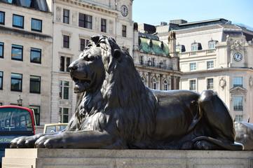 トラファルガー広場のライオン像