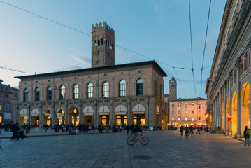 BOLOGNA, ITALY - OCTOBER 30, 2018: main square and King Enzo palace at night