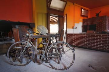 Vecchia Bicicletta Abbandonata Urbex HotelGrottaVerde