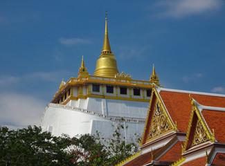 Blick auf die Kuppel vom Golden Mount Tempel
