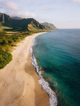 Aerial view of sandy coast, Hawaii