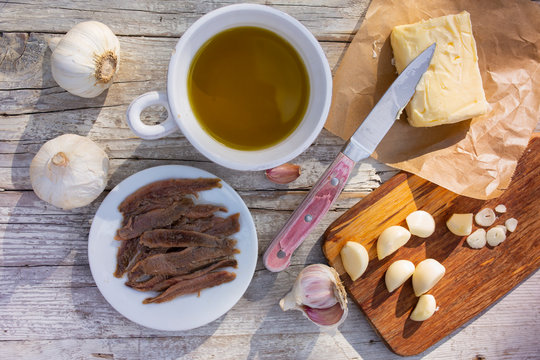 The ingredients for a traditional Italian dish bagna cauda.