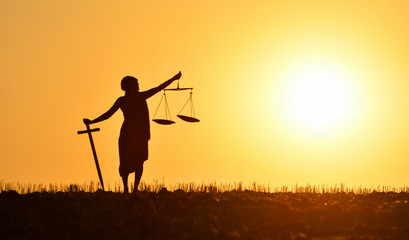 Adaletin Efendisi