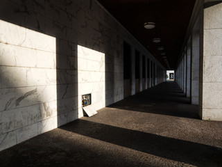 Games of light under the arches 2