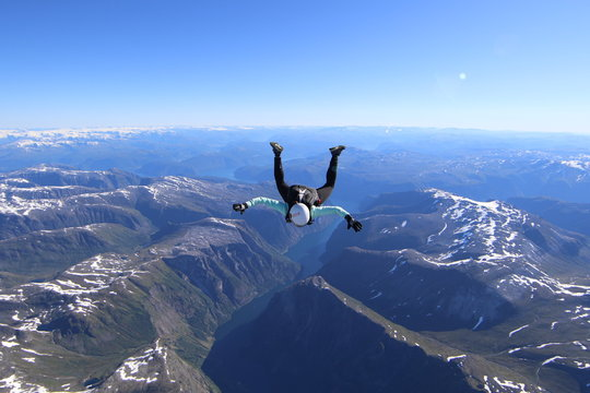 Wingsuti skydiving over Norway