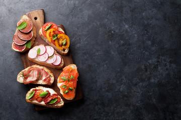 Spoed Fotobehang Voorgerecht Brushetta or traditional spanish tapas. Appetizers