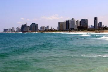 Тель-Авив город в Израиле на  побережье Средиземного моря