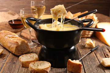 cheese fondue and baguette
