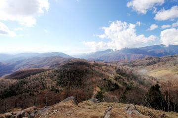 笠取山山頂付近から見える風景