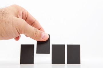 yan yana dizilmiş gri bloklar