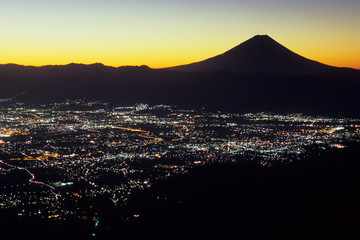Fuji and Kofu basin before dawn - 未明の富士と甲府盆地