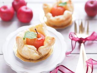 姫リンゴのかわいいアップルパイ