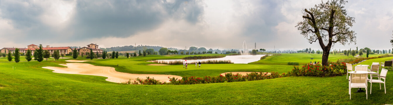 view of a golf yard