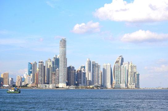 Vista de la Ciudad y bahía de ¨Panamá