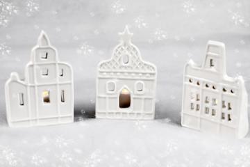 Fotomurales - Drei Häuschen zur Weihnachstzeit