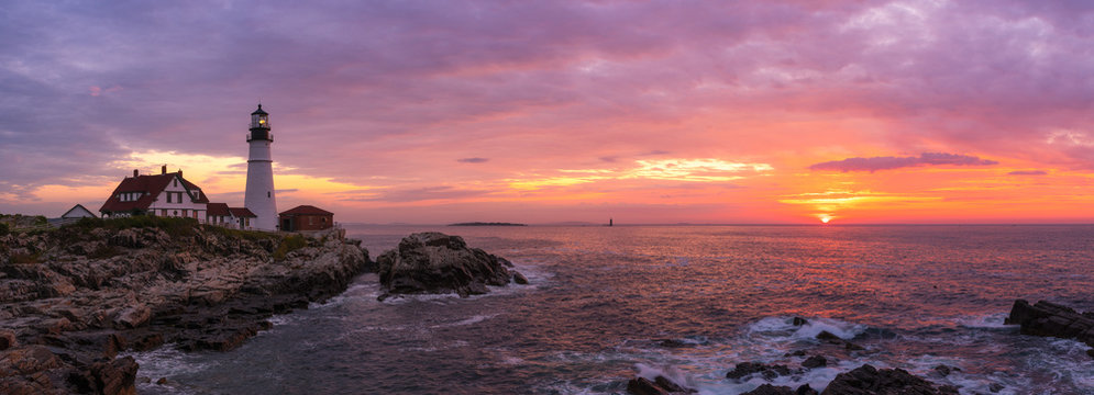 Portland Head Lighthouse Panorama at sunrise in Cape Elizabeth, Maine
