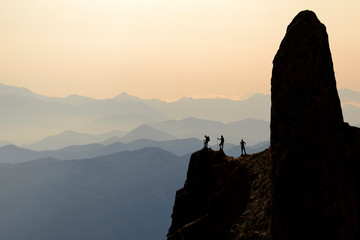 Foto op Aluminium Alpinisme passion of the peak mountains, the adventures of successful mountaineers