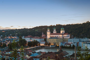 Germany, Bavaria, Passau, St. Stephen's Cathedral and Inn River in the evening