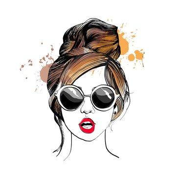 Stylish girl in glasses. Fashion illustration.