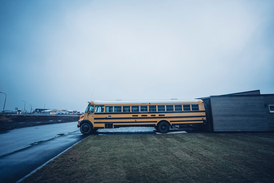 Image of abandoned school bus not working.
