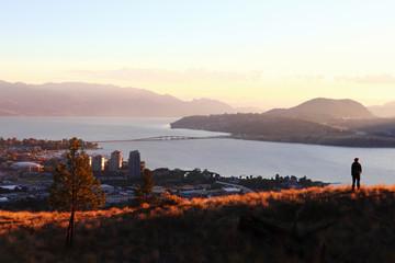 Kelowna city, British Columbia, Knox mountain view, sunset, Canada, Okanagan river Fototapete