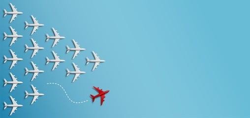 Grupo de aviones en una dirección y un avión rojo apuntando de manera diferente sobre fondo azul. Negocio para la creatividad de nuevas ideas y conceptos de soluciones Wall mural