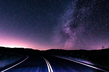 Spoed Foto op Canvas Nacht snelweg Highway To The Milky Way