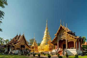 Foto op Plexiglas Temple Wat Phra Singh temple with blue sky Chiang Mai Thailand