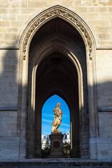 Blick auf den Turm Saint-Jacques in Paris, Frankreich