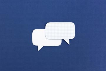 Zwei Sprechblasen Symbole - Kommunikation Konzept