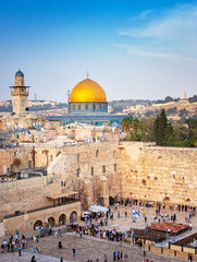 Poster Midden Oosten The Temple Mount - Western Wall and the golden Dome of the Rock mosque in the old town of Jerusalem, Israel
