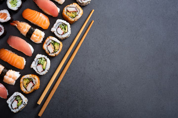 Photo sur cadre textile Sushi bar Set of sushi food with copy space