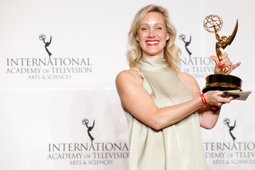 Actress Anna Schudt poses with her award for Best Performance by an Actress for her role in Ein Schnupfen Hatte Auch Gereicht (The Sniffles Would Have Been Just Fine) at the International Emmy Awards in Manhattan, New York City