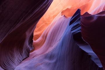 lower antelope slot canyon - waves of rock