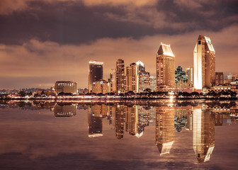 Wall Mural - Beautiful San Diego California skyline and bay seen at night
