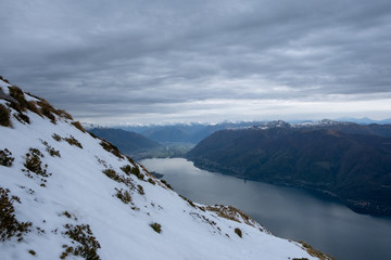 Lago Maggiore verso Locarno dal Monte Limidario