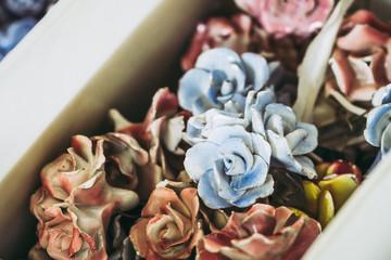 Décoration d'intérieur fleurs en céramique