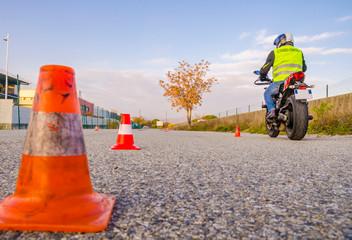 moto école/motard apprenti