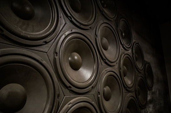 Such as the beehive Speaker 1