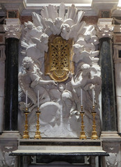 Altar in Chapel Cenami, high relief of Giovanni Baratta, Basilica of San Frediano, Lucca, Tuscany, Italy