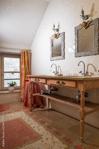 salle de bain ancienne\