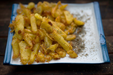 fried potatoes with spices