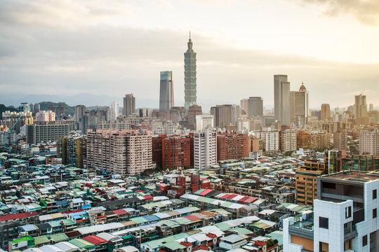 City skyline and Taipei 101 building, Taipei, Taiwan