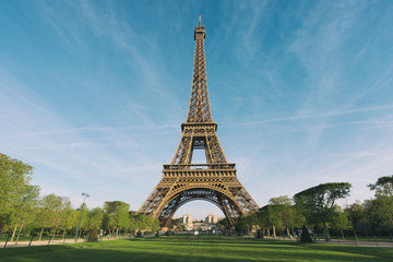 Poster Tour Eiffel Sunrise in Eiffel Tower in Paris, France. Eiffel Tower is famous place in Paris, France.